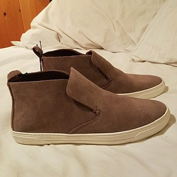 c3c66c4d41bf Dolce Vita Shoes - Dolce Vita women s tan shoes  never ...